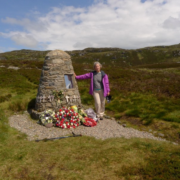 Chinook memorial cairn